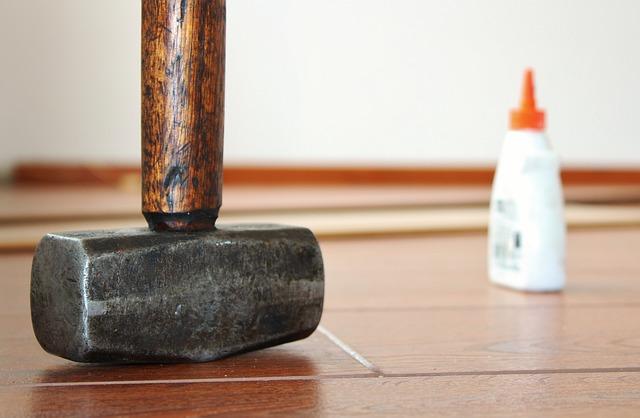 hammer-596160_640
